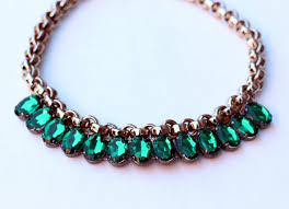 Emerald Home Decor Bromeliad My Diy 10 Minute Emerald Necklace Fashion And Home