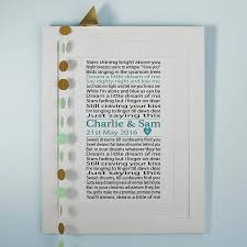 1st wedding anniversary gift ideas wedding anniversary gifts by year what to get for wedding
