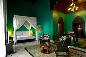 deco chambre exotique lit baldaquin bois exotique lit baldaquin pour une chambre de dco