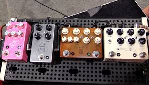 jhs delay snamm 17 jhs pedals pink panther delay moonshine overdrive