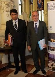 MÁLAGA Javier Ferrer Morató, actual coordinador general y máximo responsable del área de gobierno del Ayuntamiento de Málaga, es la persona elegida para ... - 2009-12-21_IMG_2009-12-21_23:57:07_m_004_local_01