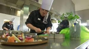 cuisine saine une cuisine saine et gastronomique le défi de deux apprentis