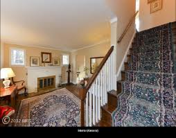 1930s Banister Help A Clueless Guy Decorate His Small 1930s Living Room
