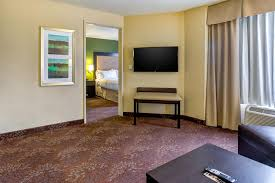 Comfort Inn Indianapolis Carmel Holiday Inn Indianapolis Carmel In Booking Com