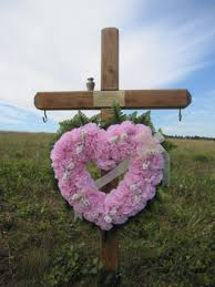 memorial crosses for roadside our weekly tip set up a roadside memorial to honor a loved one