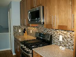 kitchen cabinets with backsplash cherry kitchen cabinets with backsplash home design ideas