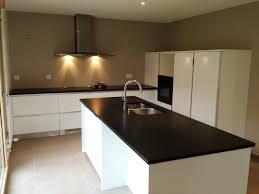cuisine plan travail granit beautiful granit plan de travail cuisine prix pictures design