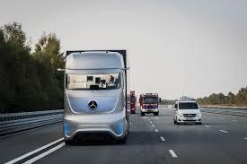 mercedes truck 2016 driverless heavy trucks hit european highways cleantechnica