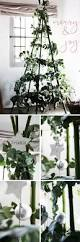 New Ways To Decorate Your Christmas Tree - 25 unique alternative christmas tree ideas on pinterest wall