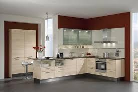 cuisine en forme de l une cuisine moderne en forme de l qui reprend l architecture de la