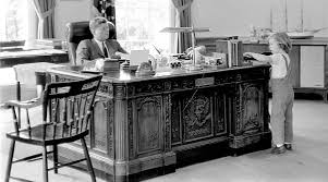 the presidential desk a brief history curbed