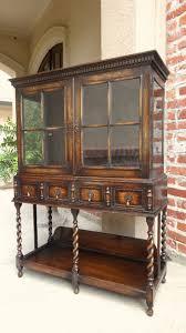 Oak Curio Cabinet Best 25 Oak Display Cabinet Ideas On Pinterest Kitchen Cabinet