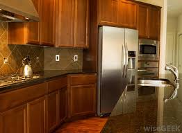 where to get used kitchen cabinets how do i choose the best used kitchen cabinets with pictures