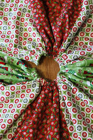 Quilted Christmas Tree Skirts To Make - 128 best christmas tree skirts images on pinterest crafts sew