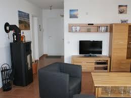 Wohnzimmer Modern Mit Ofen Kuscheln Vorm Kamin Luxus Ferienwohnung Mit Meerblick Binz