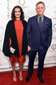 weisz expecting child with daniel craig com