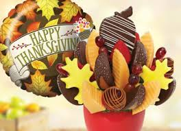 this edible arrangements centerpiece is great for thanksgiving