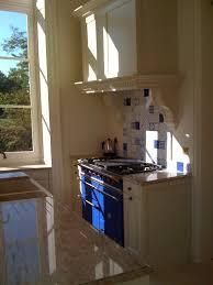 corniche cuisine une cuisine sur mesure aux habillages sans limite hotte sur