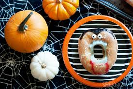 Organic Halloween Treats It U0027s Time For Hilarious No Bake Vampire Doughnuts To Rise Yet Again