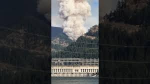 Wildfire Columbia Gorge Oregon by Wild Fire Eagle Creek Trail Columbia Gorge Youtube