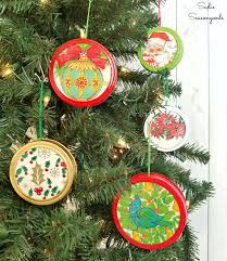 diy retro style diy ornaments from canning jar lids