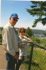 dale ramsey obituary winfield kansas legacy com jan bly with friend and cousin butch ramsey enjoying a trip to seattle wa