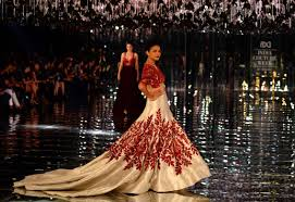 how to be the queen in manish malhotra u0027s latest bridal collection