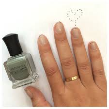 a simple dotted french manicure nail art diy tutorial