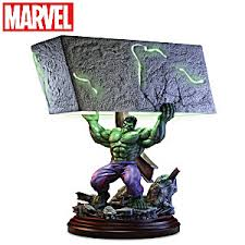 marvel hulk smash sculpture table lamp