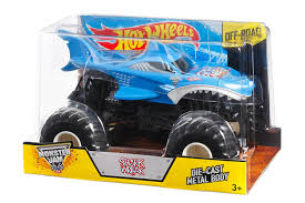 how many monster jam trucks are there amazon com wheels monster jam shark die cast vehicle 1 24