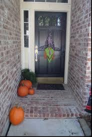 four ideas for inexpensive halloween door decorations decorating 2
