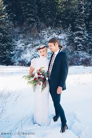 wedding photographers in utah winter bridal utah wedding photographer emmy lowe photo