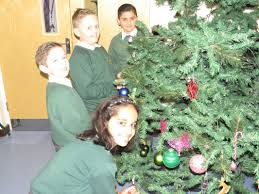 parsonage farm primary christmas tree dressing december
