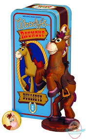 toy story woodys roundup 2 bullseye statue dark horse man