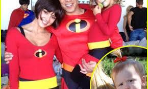 Halloween Costumes Incredibles Kate Winslet Naomi Watts Jessica Alba Nail Family Halloween