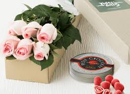 chocolate gifts delivery singapore in pink roses chocolates gift delivery singapore same day