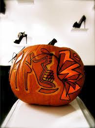 Smashing Pumpkins Halloween - smashing pumpkins designers carve halloween jack o u0027 lanterns vogue