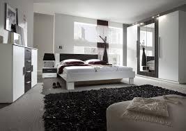 Schlafzimmerm El Nussbaum Schlafzimmer Kommode Dunkel übersicht Traum Schlafzimmer