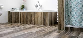 Kleines Bad Fliesen Uncategorized Kleines Badezimmer Fliesen Holzoptik Und Holzoptik