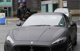 matte black maserati mario balotelli actually did something normal by wrapping his