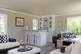 StartlingBlackAndWhiteThrowsDecoratingIdeasImagesinFamily - Black and white family room
