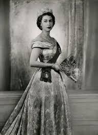Queen Elizabeth Ii House Queen Elizabeth Ii Pictured At Her Office With Her Dog Susan On