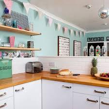 cuisine bleu pastel envie de retro pastel dans ma cuisine myhomedesign
