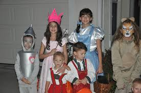 Family Of Three Halloween Costumes by Halloween U2013 Reit This Way