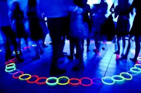 glow in the decorations glow party theme ideas photos decorations necklaces bracelets