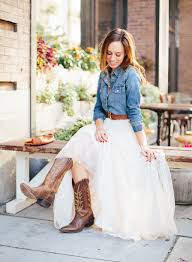 sydne style what to wear to a western wedding tulle skirt denim