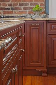 how to safely clean kitchen cabinets