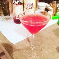 pink cosmopolitan drink negroni