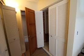 Vented Bifold Closet Doors Louvered Bifold Closet Doors Lowes Home Design Ideas