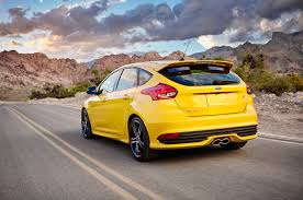2002 Focus Wagon 2017 Ford Focus Reviews And Rating Motor Trend